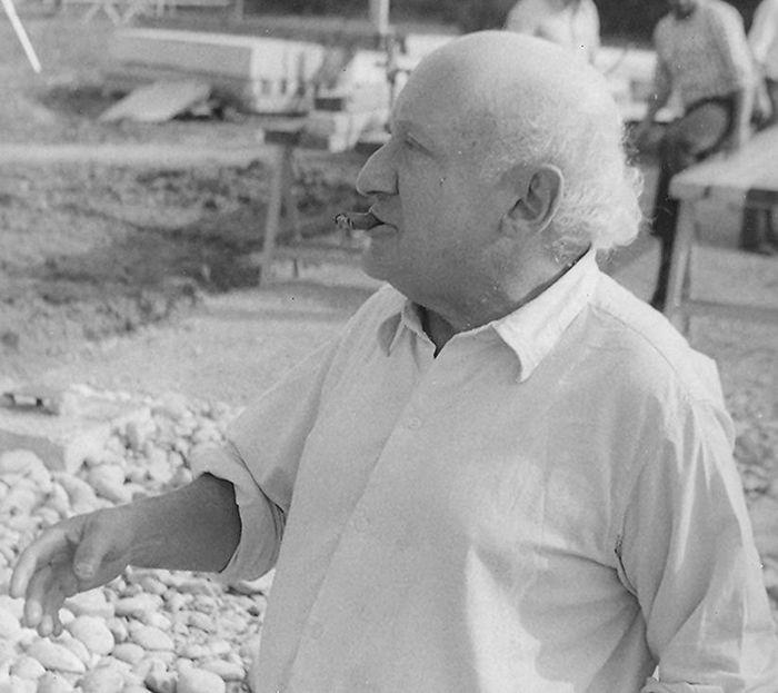 Walter Segal on site - photo by John Segal